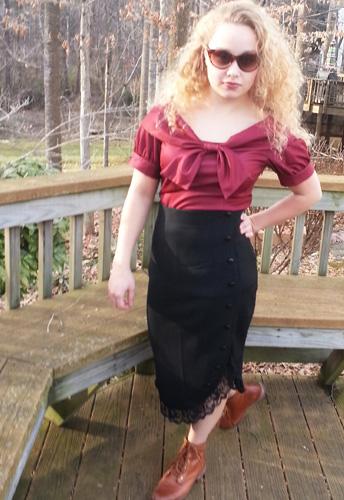Pinup Ruffle Skirt