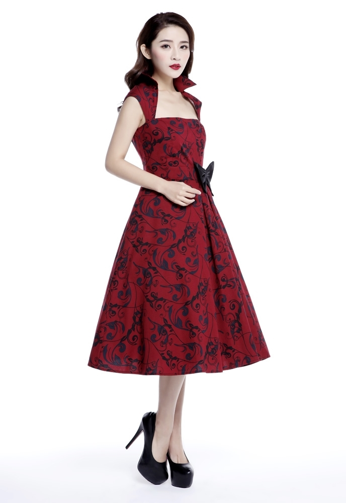 Plus Size Printed Bow Pleat Dress