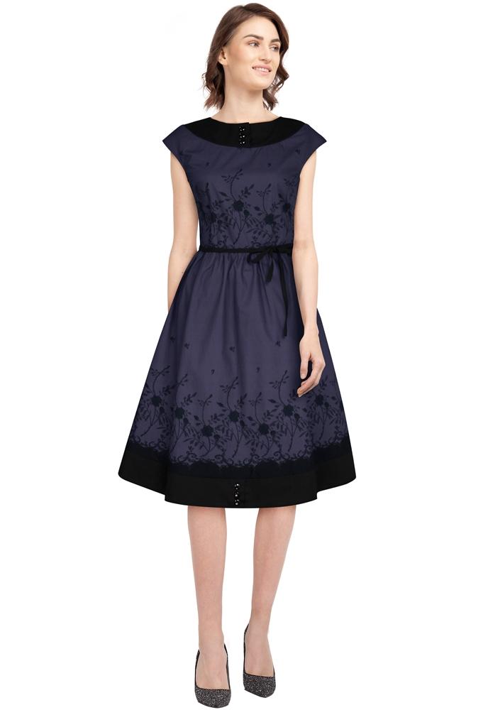 8284/8285 Dress